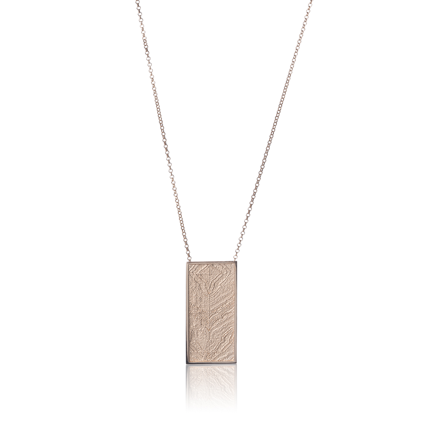 Mies rose gold plated silver pendant