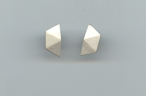 Single small earrings